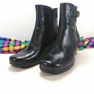 Clarks Bendable Dream Harmony Black Ankle Boots 8M